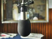 microfono_en_la_radio_universidad_nacional_de_la_plata