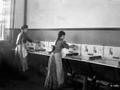 Lavanderas en un Centro de Detención para Inmigrantes en Quebec. Foto de 1911. | FOTO: WILLIAM JAMES TOPLEY