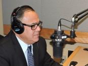 Luis Zúñiga en entrevista en Radio-Canadá Internacional. En la oportunidad habló de inmigración y de los 375 años de Montreal. | FOTO: RADIO-CANADA INTERNACIONAL